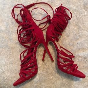 Super strappy heel size 9 new!